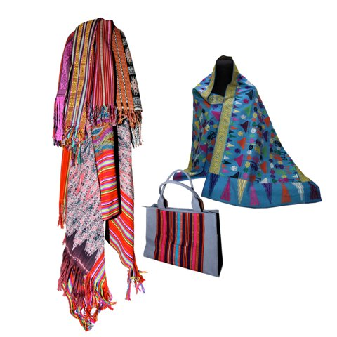 Ethnic bags, canvas, weaving. by Lucky Wijayanti